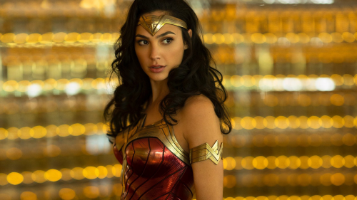 Critique « Wonder Woman 1984 » (2020) : Un pari risqué ! - ScreenTune